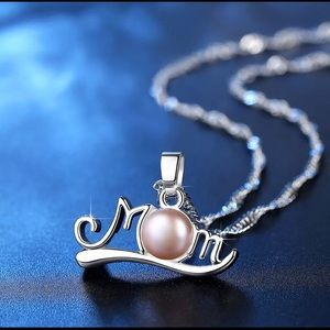 Jewelry - 💜Gorgeous Pearl MOM Pendant Necklace- BRAND-NEW